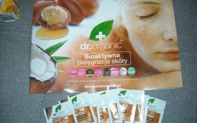 Niespodzianki dla Redakcji w postaci zestawów kosmetyków Dr Organic i M'onduniq od firmy Naturioska i Seren DB Polska