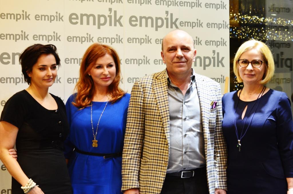 Od lewej: Marta Urbaniak (autorka) oraz lekarze-eksperci: dr Magdalena Łopuszyńska, dr Andrzej Ignaciuk, dr Ewa Rybicka.
