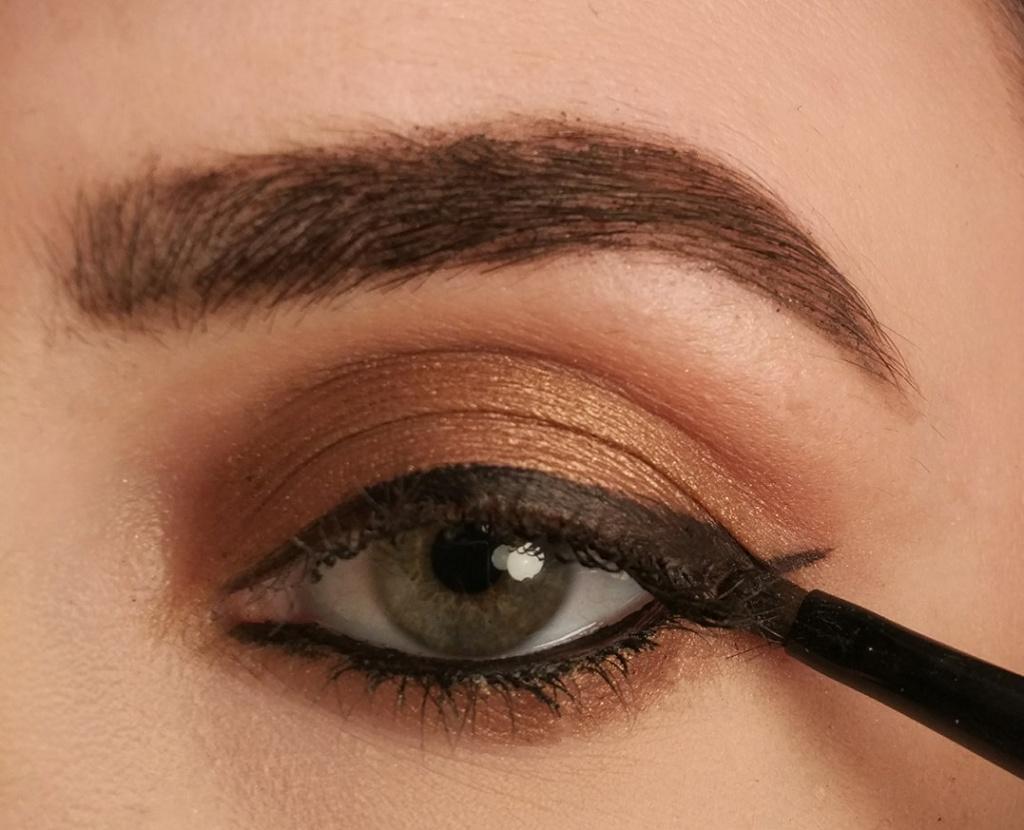 Idealny Makeup Wykorzystaj Triki Makijażowe Do Korekty Kształtu I