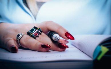 Rozpoznaj swój idealny kształt paznokci