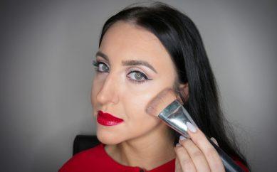 Elegancki i wyrazisty makijaż na święta