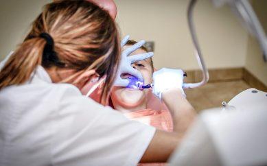 Zdrowie Twoich zębów jest w Twoich rękach! Rozmowa z dr n.med. Joanną Królewską-Gawarzyńską
