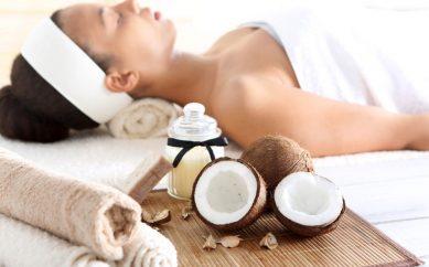 Kosmetyki z kokosem. Poznaj ich niesamowitą moc!