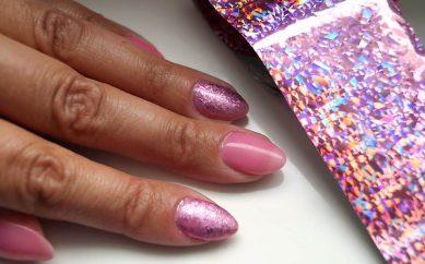 Stylizacja paznokci folią transferową