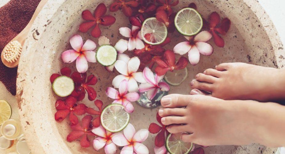 Kanapkowa pielęgnacja dla pięknych stóp z marką Acerin