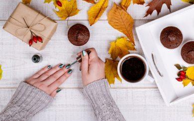 Jaki kolor paznokci wybrać jesienią?