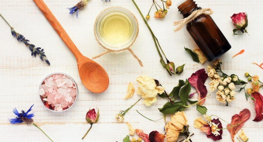Kosmetyki wegańskie — tych składników w nich nie znajdziesz!