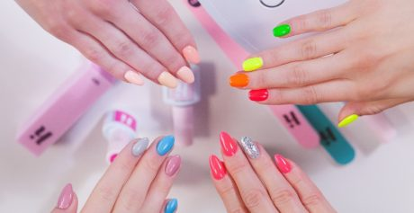 Lakiery hybrydowe Hi Hybrid — manicure jak u celeberytki!