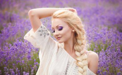 Preparaty na wzmocnienie włosów − jak je wybrać?