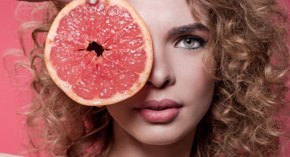 Kwasy w kosmetykach — czytamy receptury kosmetyków