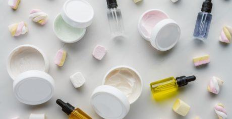 Czy oleje mineralne i parafina w kosmetykach szkodzą?