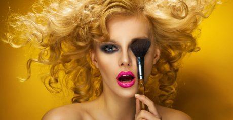 Kuszący makijaż oczu – jak go uzyskać?