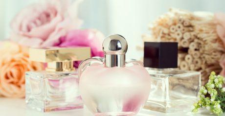 Odkryj tajemnice perfum – przewodnik po nutach perfum