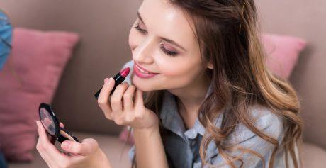Niezbędne kosmetyki do makijażu