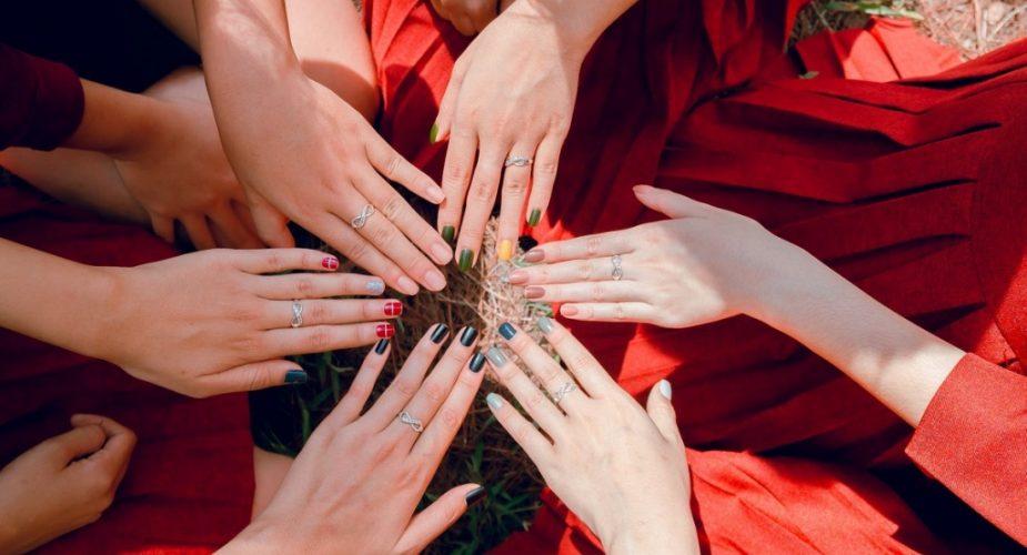 5 najmodniejszych kolorów do paznokci na wiosnę 2020
