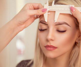 Makijaż permanentny brwi techniką PhiBrows