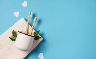 Bambusowa szczoteczka do zębów – hit pielęgnacji less waste