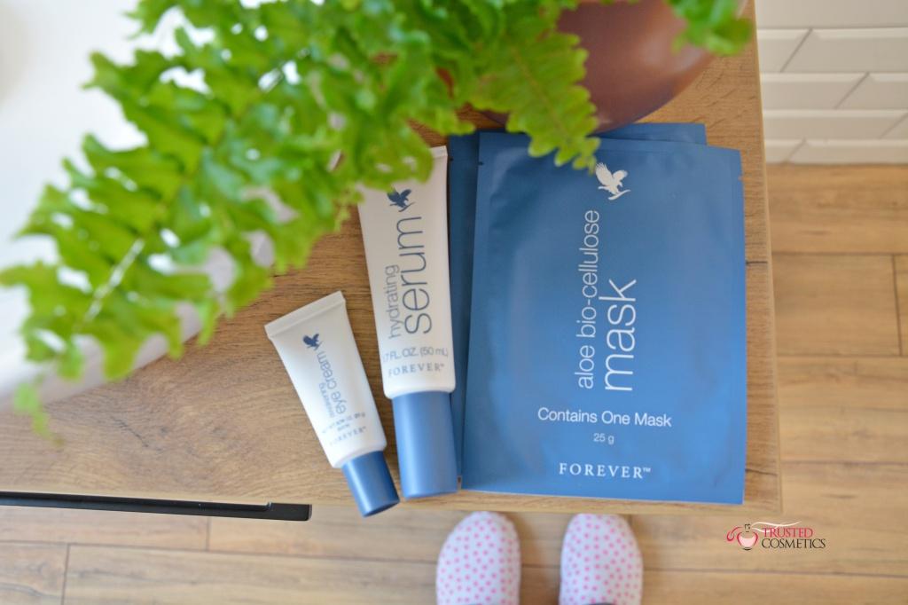 Rytuał pielęgnacji twarzy kosmetykami Forever Living Products