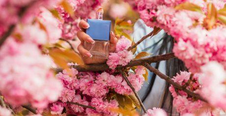 Jak wybrać idealne perfumy na wiosnę?