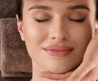 Fenomen japońskiego masażu twarzy Kobido – historia, efekty