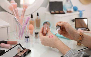 Najlepszy sklep z kosmetykami 2021 roku – szukamy Ulubionej Drogerii