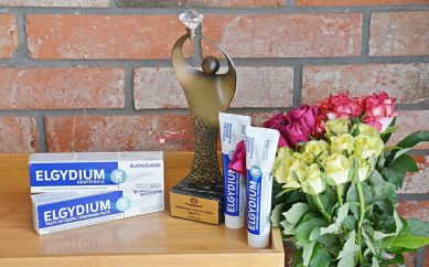 Diamenty Beauty 2021: wybielająca pasta do zębów Elgydium