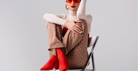 Jak tej jesieni nosić botki damskie?