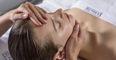 Nawadnianie skóry – dlaczego jest podstawą pielęgnacji?