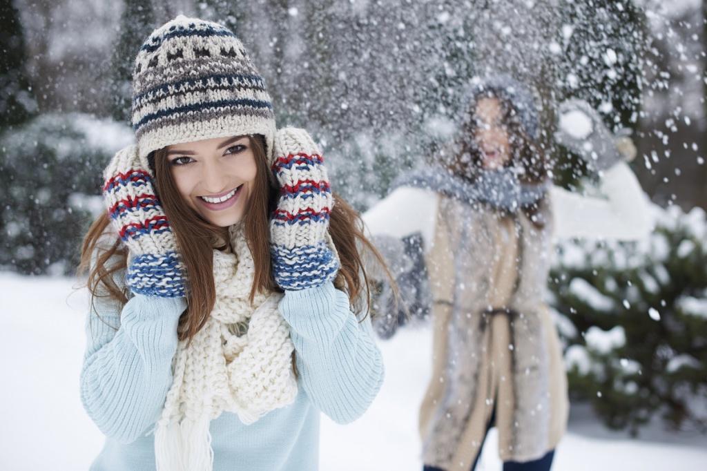 jak dbać o włosy zimą blog