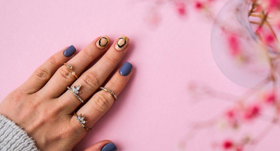 Jesienny manicure i pedicure – modne paznokcie na jesień